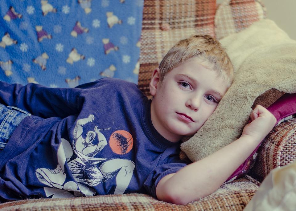 Zaburzenia jelitowe u dzieci – przyczyny i leczenie