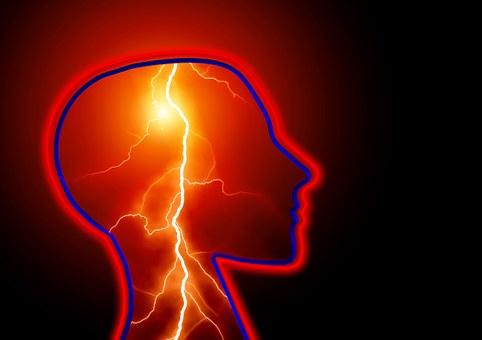 Przy udarze mózgu liczą się sekundy! Sprawdź, jak możesz pomóc bliskiej osobie