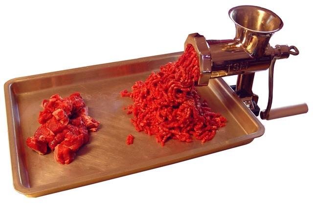 Wybieramy idealną maszynkę do mielenia mięsa