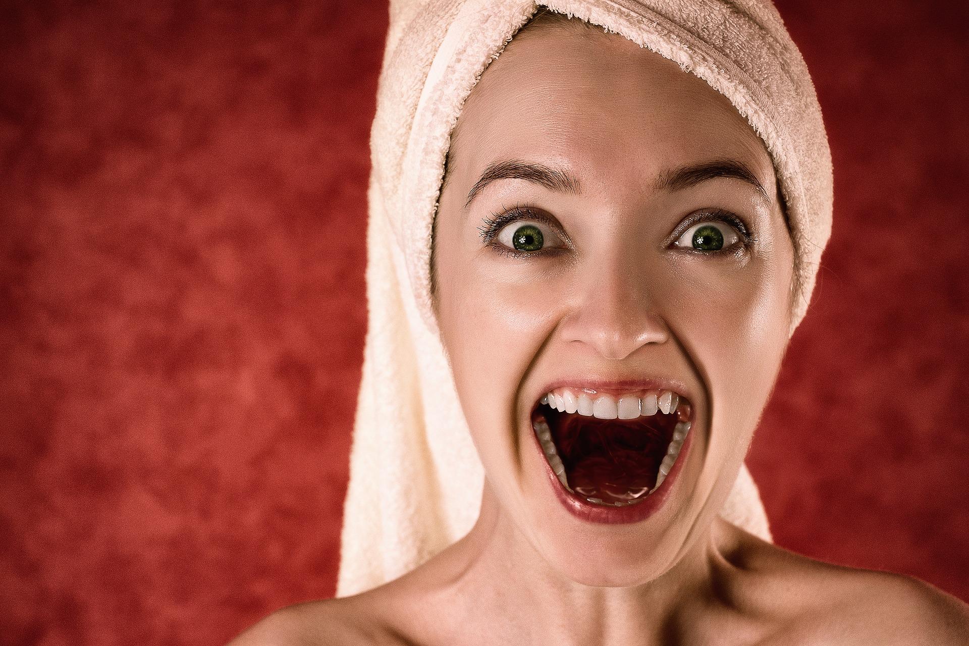 Masz wrażliwe zęby? Przeczytaj ten artykuł