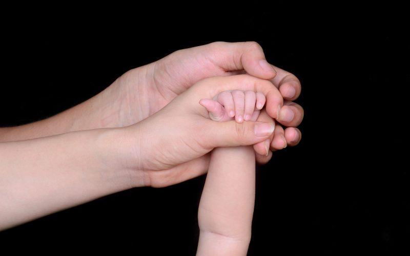 Poznaj schemat karmienia niemowląt