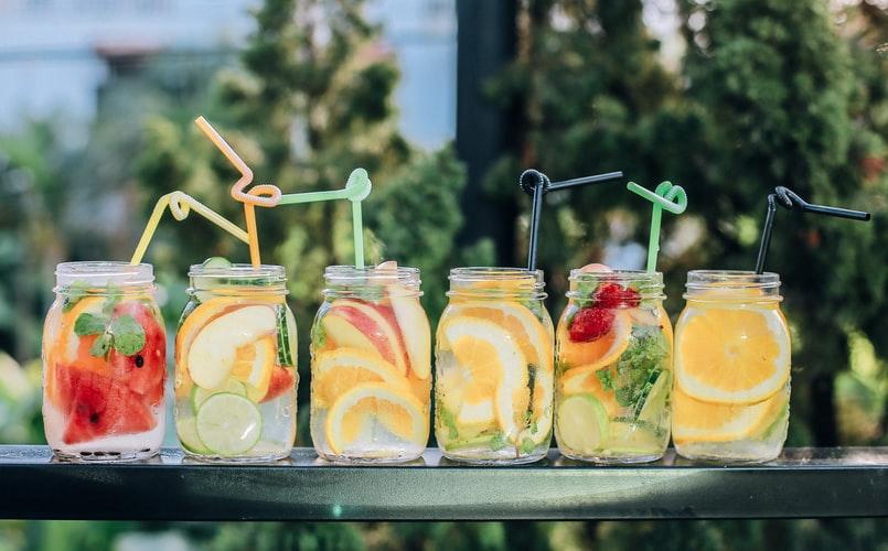 Lemoniady – ochłoda na upalne dni! 3 przepisy